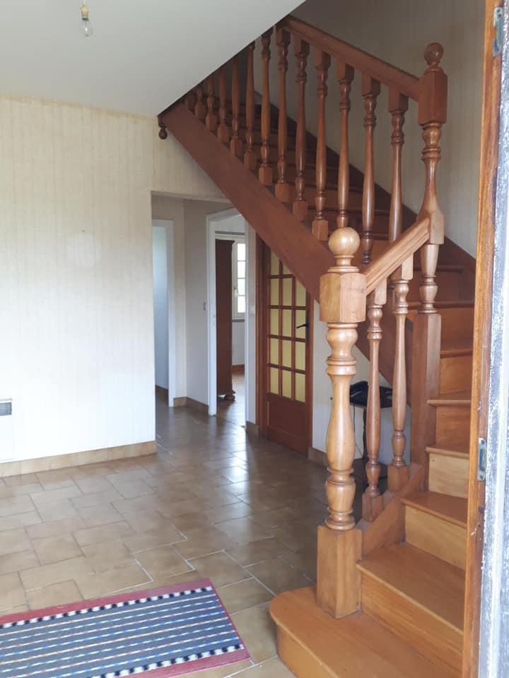 216825145 286609306597170 5847444041794433859 n - Modernisation d'un escalier