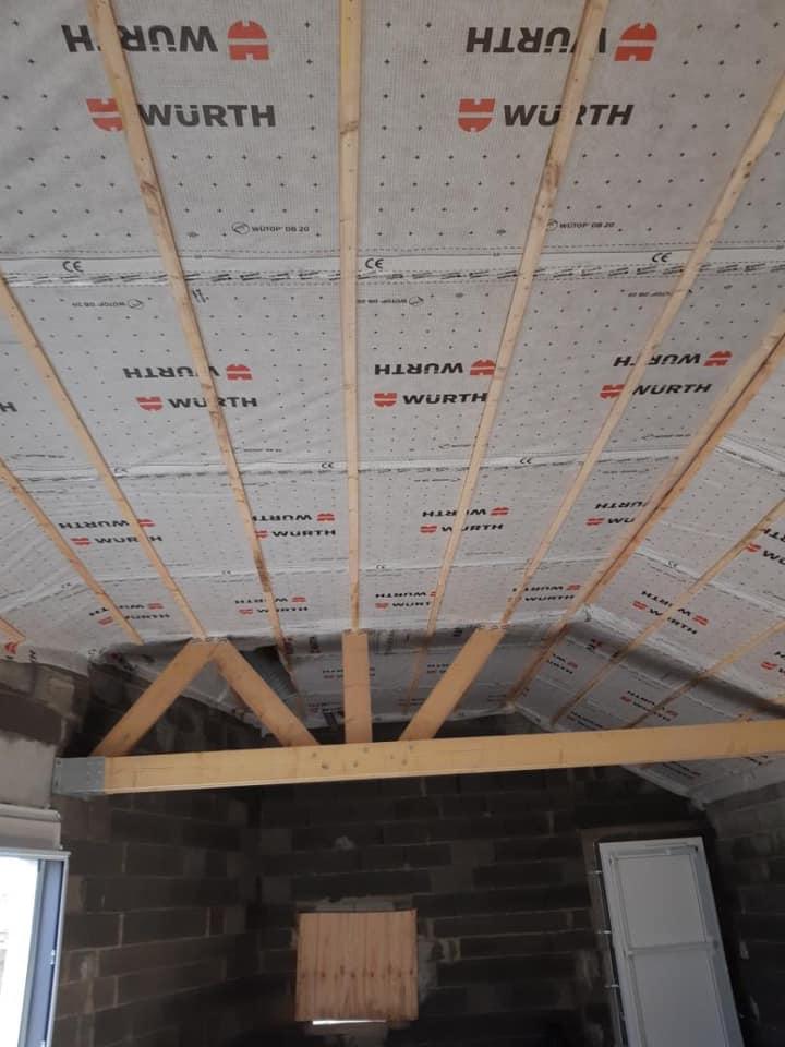 152758411 1342012779484662 6228826646832301620 n - Menuiseries extérieures K-Line en place, membrane ...